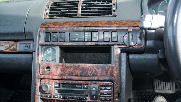 RESERVE LOWERED - 2000 P38 Range Rover 4.6 HSE For Sale (picture 30 of 129)