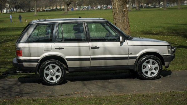 RESERVE LOWERED - 2000 P38 Range Rover 4.6 HSE For Sale (picture 10 of 129)