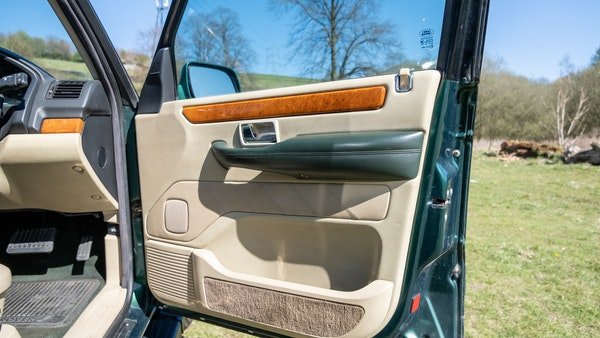 2001 Range Rover P38 30th Anniversary Edition For Sale (picture 34 of 103)