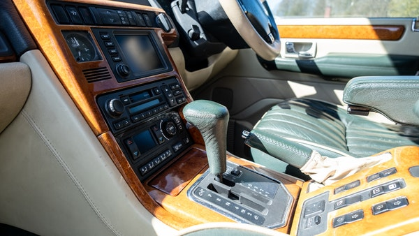 2001 Range Rover P38 30th Anniversary Edition For Sale (picture 22 of 103)