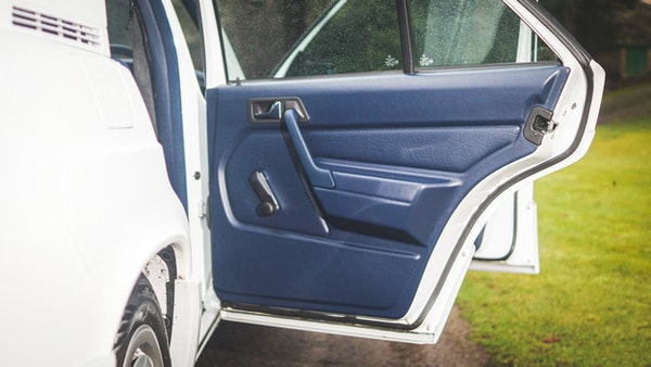 NO RESERVE! 1992 Mercedes-Benz 190E For Sale (picture 47 of 158)