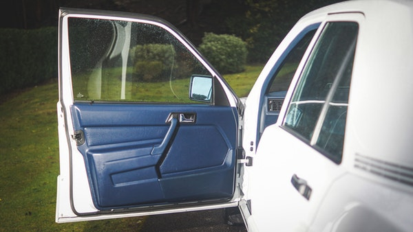 NO RESERVE! 1992 Mercedes-Benz 190E For Sale (picture 46 of 158)