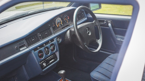 NO RESERVE! 1992 Mercedes-Benz 190E For Sale (picture 39 of 158)