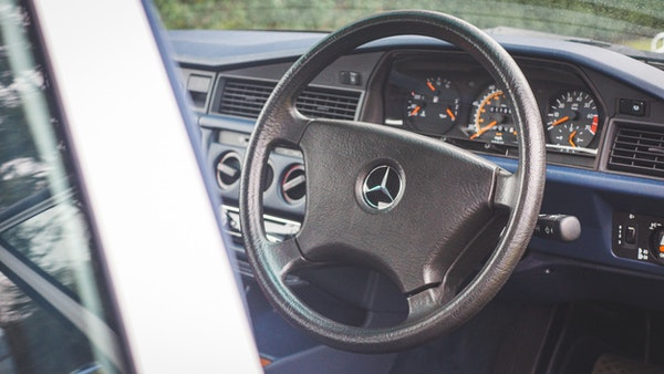 NO RESERVE! 1992 Mercedes-Benz 190E For Sale (picture 37 of 158)