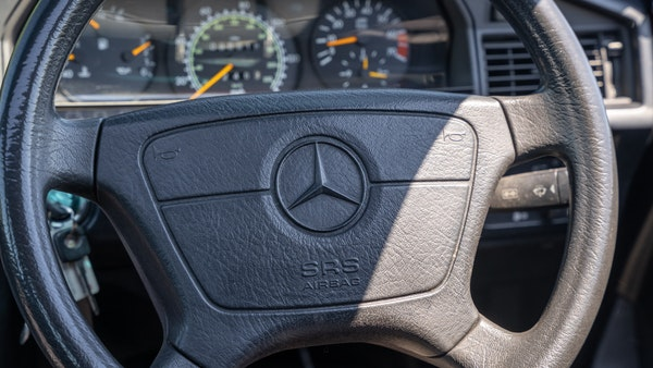 RESERVE LOWERED - 1992 Mercedes-Benz 190E (W201) For Sale (picture 32 of 141)