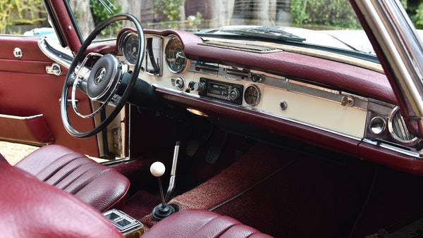 1964 Mercedes-Benz 230 SL 'Pagoda' For Sale (picture 48 of 204)