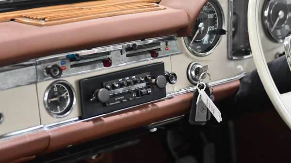 1966 Mercedes-Benz 230 SL 'Pagoda' For Sale (picture 25 of 134)