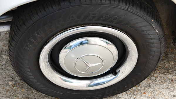 1966 Mercedes 230 SL Pagoda For Sale (picture 21 of 141)