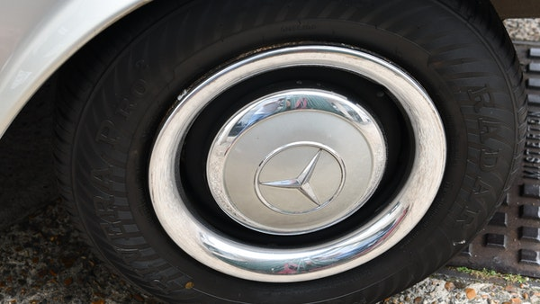 1966 Mercedes 230 SL Pagoda For Sale (picture 22 of 141)