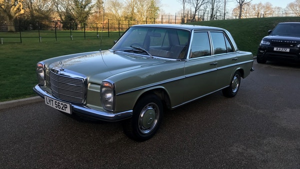1976 Mercedes Benz 230/4 For Sale (picture 14 of 33)