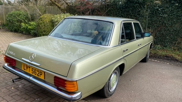 1976 Mercedes Benz 230/4 For Sale (picture 12 of 33)