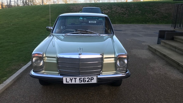 1976 Mercedes Benz 230/4 For Sale (picture 4 of 33)