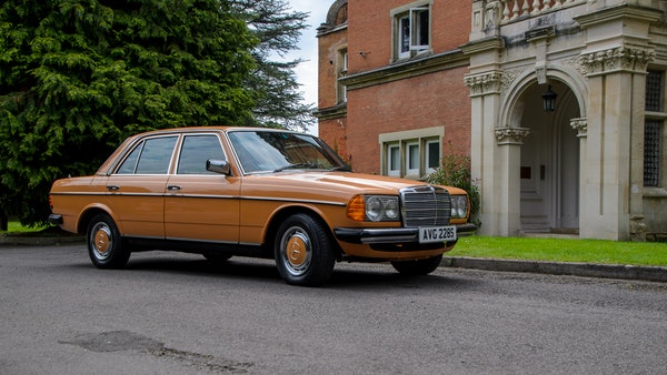 1978 W123 Mercedes 250 For Sale (picture 4 of 108)