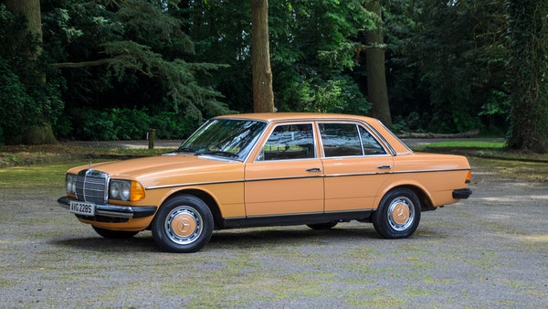 1978 W123 Mercedes 250 For Sale (picture 8 of 108)