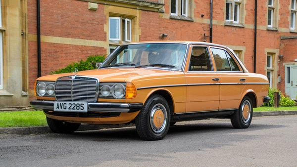 1978 W123 Mercedes 250 For Sale (picture 27 of 108)