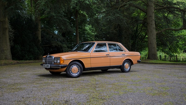 1978 W123 Mercedes 250 For Sale (picture 23 of 108)