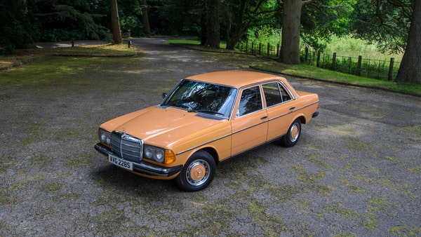 1978 W123 Mercedes 250 For Sale (picture 15 of 108)