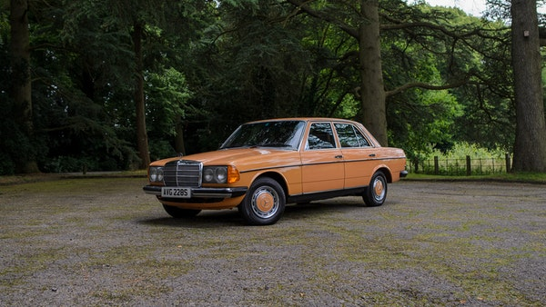 1978 W123 Mercedes 250 For Sale (picture 22 of 108)