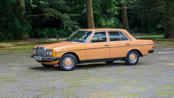 1978 W123 Mercedes 250 For Sale (picture 7 of 108)