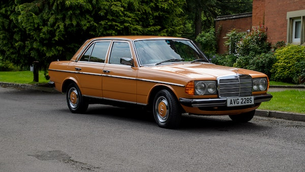 1978 W123 Mercedes 250 For Sale (picture 5 of 108)