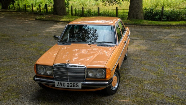1978 W123 Mercedes 250 For Sale (picture 18 of 108)
