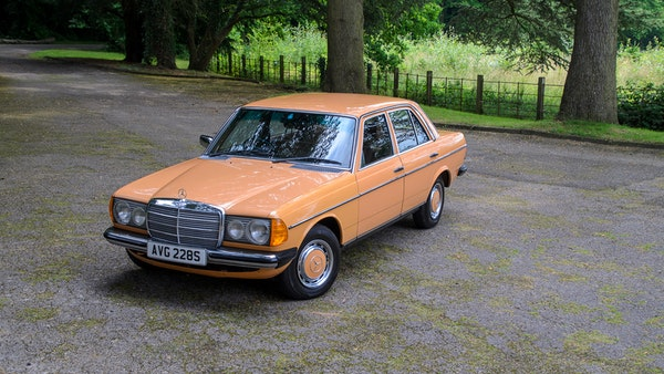 1978 W123 Mercedes 250 For Sale (picture 1 of 108)