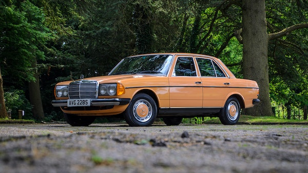 1978 W123 Mercedes 250 For Sale (picture 3 of 108)