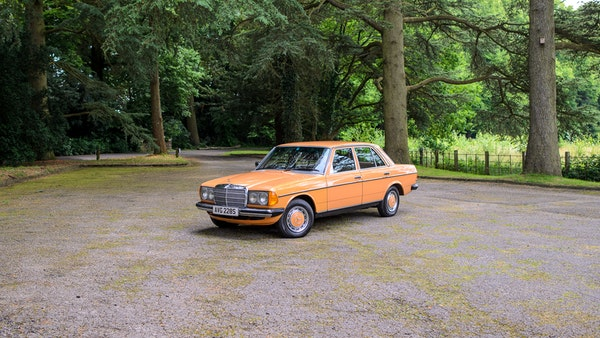 1978 W123 Mercedes 250 For Sale (picture 21 of 108)