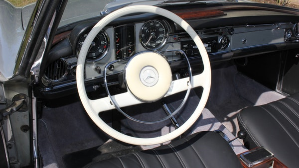 1967 Mercedes-Benz 250SL Pagoda Automatic For Sale (picture 24 of 150)