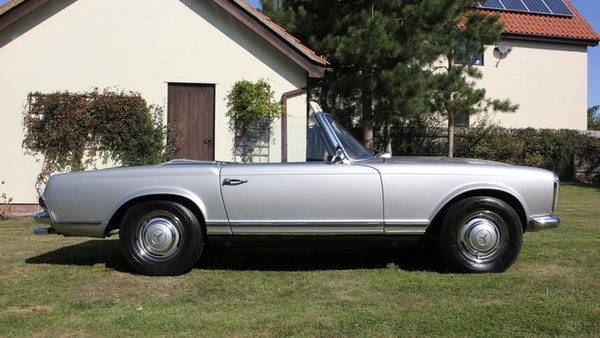 1967 Mercedes-Benz 250SL Pagoda Automatic For Sale (picture 12 of 150)