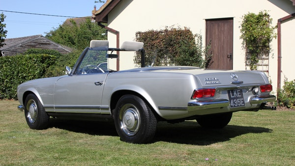 1967 Mercedes-Benz 250SL Pagoda Automatic For Sale (picture 15 of 150)