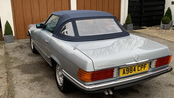 1983 Mercedes 280 SL Convertible For Sale (picture 30 of 182)