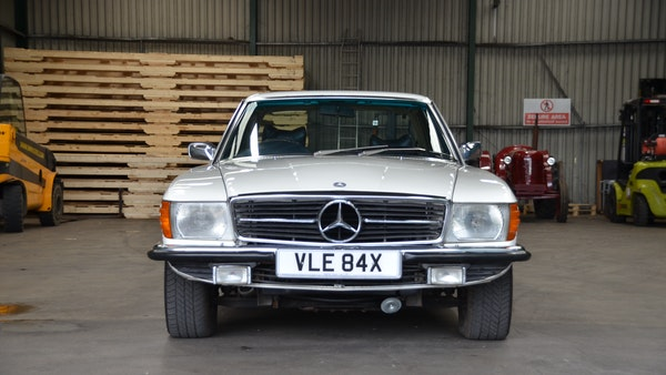 1975 Mercedes 280 SLC For Sale (picture 4 of 124)