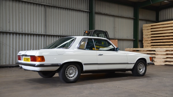 1975 Mercedes 280 SLC For Sale (picture 15 of 124)