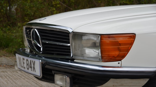 1975 Mercedes 280 SLC For Sale (picture 56 of 124)