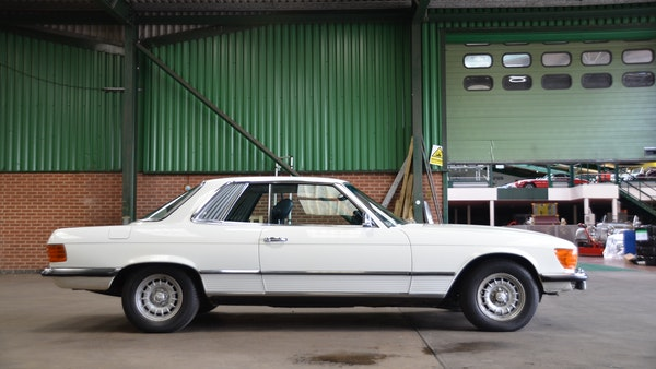 1975 Mercedes 280 SLC For Sale (picture 16 of 124)