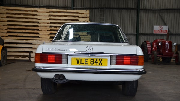 1975 Mercedes 280 SLC For Sale (picture 13 of 124)