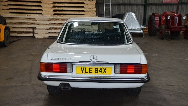 1975 Mercedes 280 SLC For Sale (picture 14 of 124)