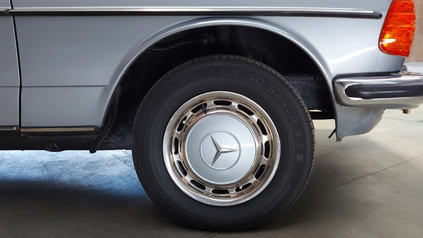 RESERVE LOWERED - 1983 Mercedes-Benz 280E For Sale (picture 10 of 49)