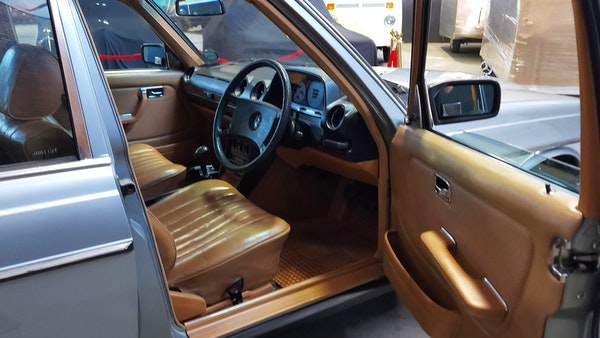 RESERVE LOWERED - 1983 Mercedes-Benz 280E For Sale (picture 18 of 49)