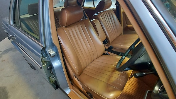 RESERVE LOWERED - 1983 Mercedes-Benz 280E For Sale (picture 19 of 49)