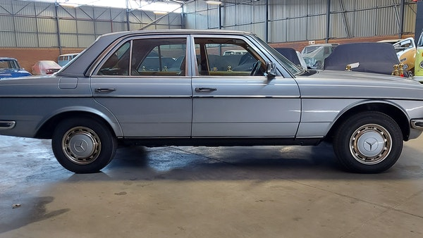 RESERVE LOWERED - 1983 Mercedes-Benz 280E For Sale (picture 3 of 49)