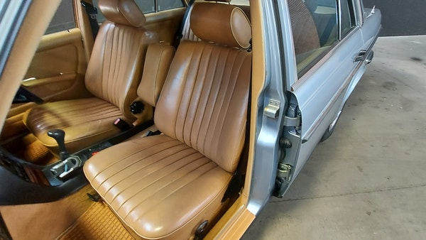 RESERVE LOWERED - 1983 Mercedes-Benz 280E For Sale (picture 28 of 49)