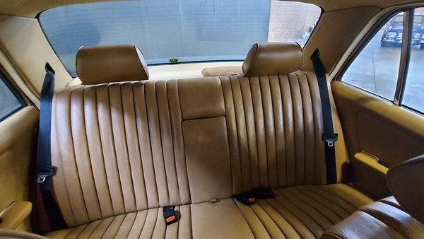 RESERVE LOWERED - 1983 Mercedes-Benz 280E For Sale (picture 24 of 49)