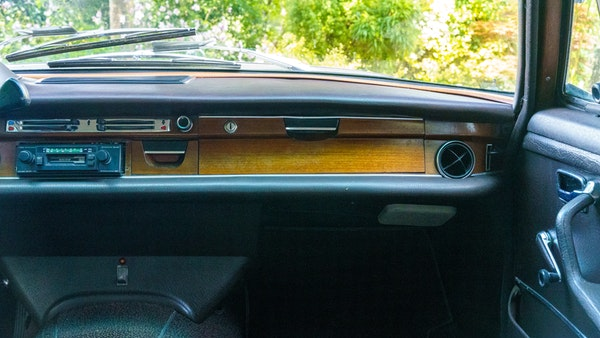 1972 Mercedes-Benz 280S LHD (W 108) For Sale (picture 49 of 140)