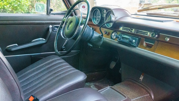 1972 Mercedes-Benz 280S LHD (W 108) For Sale (picture 28 of 140)