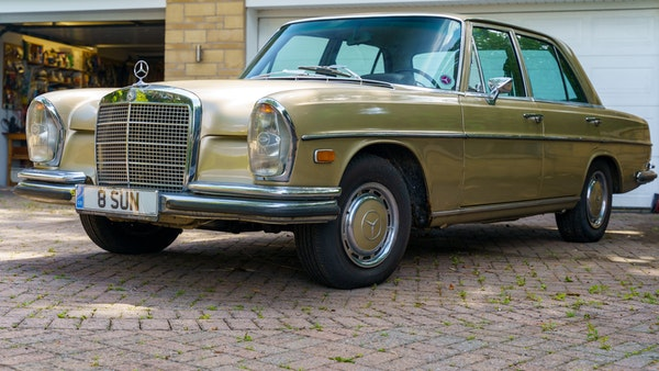 1972 Mercedes-Benz 280S LHD (W 108) For Sale (picture 16 of 140)