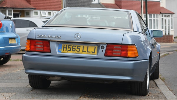 1991 Mercedes-Benz 300 SL-24 For Sale (picture 35 of 167)