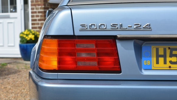 1991 Mercedes-Benz 300 SL-24 For Sale (picture 31 of 167)