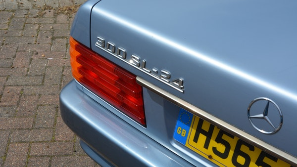1991 Mercedes-Benz 300 SL-24 For Sale (picture 27 of 167)